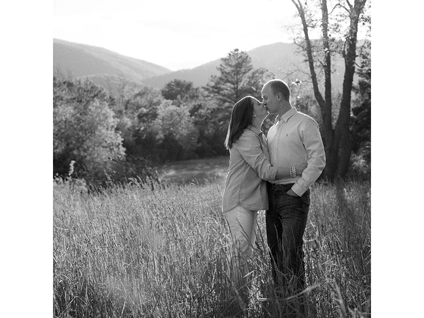 Sarah-Jane-Winter-engagement-photographer-Charlottesville_Virginia